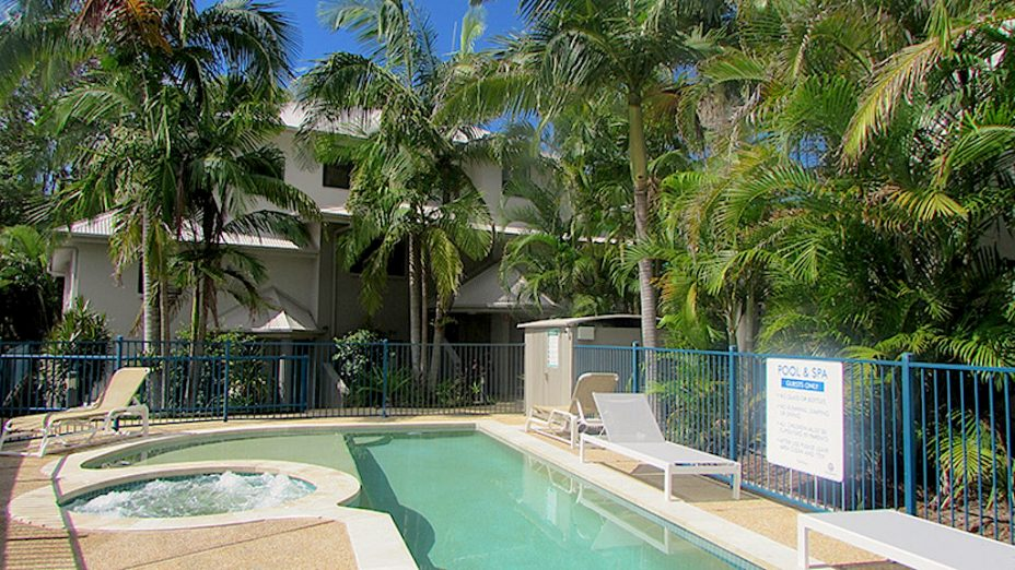3 bedroom holiday apartment in Byron Bay