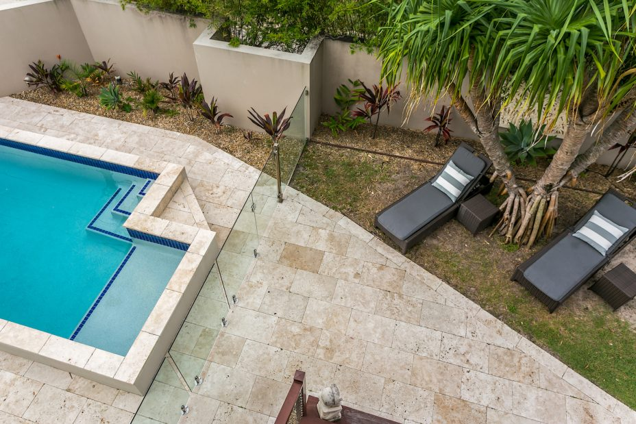 Beach house with swimming pool Byron Bay