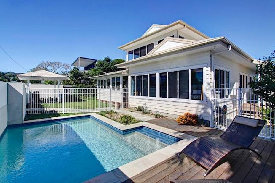 Byron Bay holiday house with swimming pool