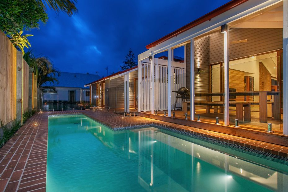 Holiday rental byron bay with swimming pool