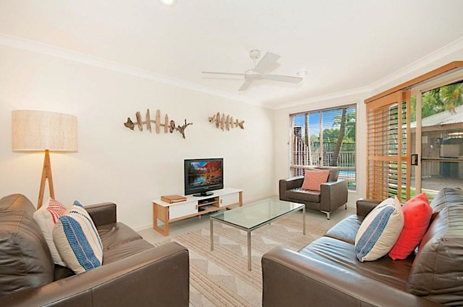 Bayside Court Apartments living