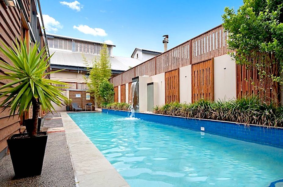 Byron Bay apartments with swimming pool