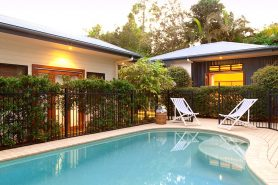 Cavvanbah Beach house swimming pool