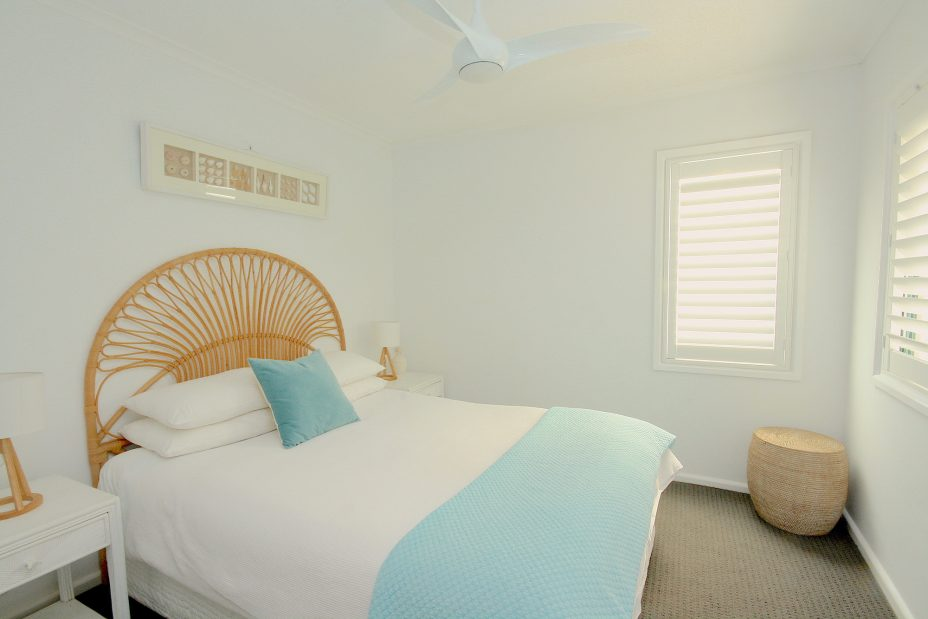 Cossies by the Sea bedroom