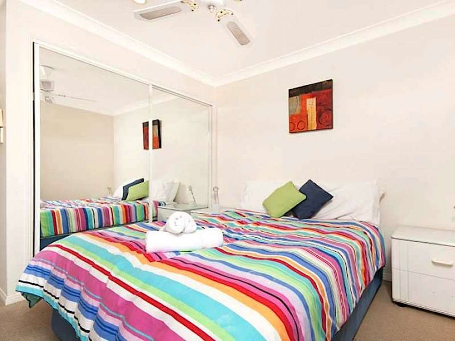3 bed apartment in byron bay