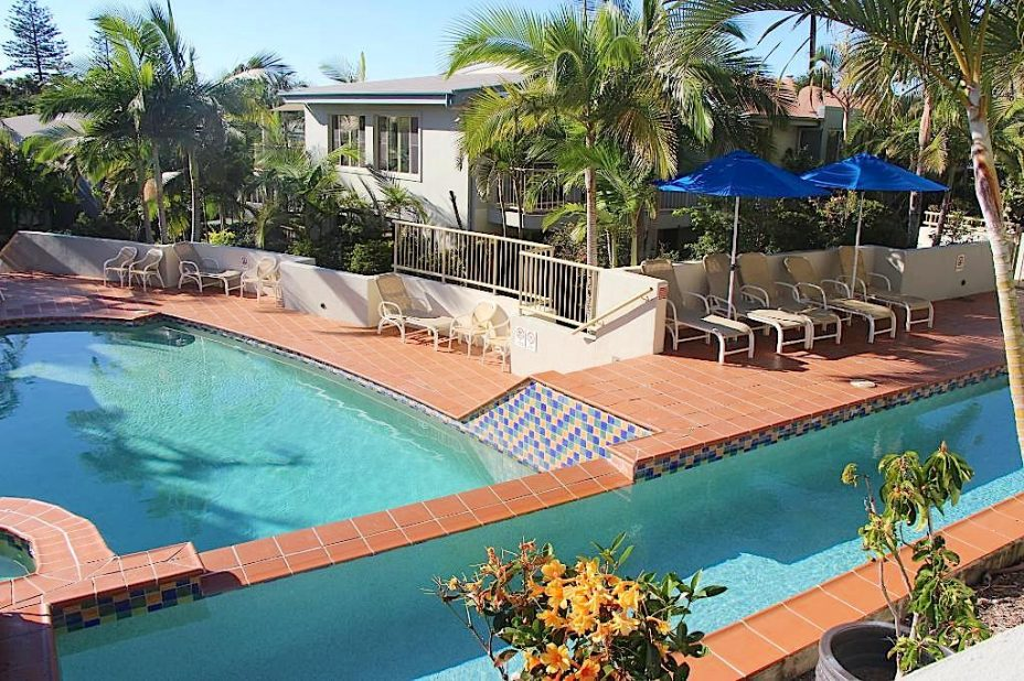 swimming pool accommodation Lennox Head