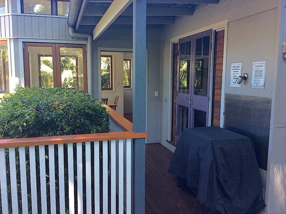 holiday house with bbq in byron bay